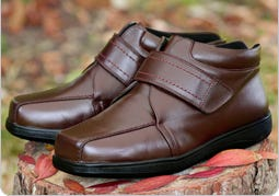 Extra Roomy Boots