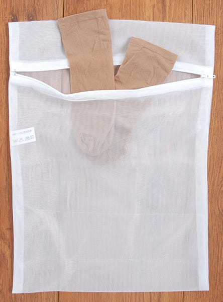 Hosiery Washing Bag with Zip