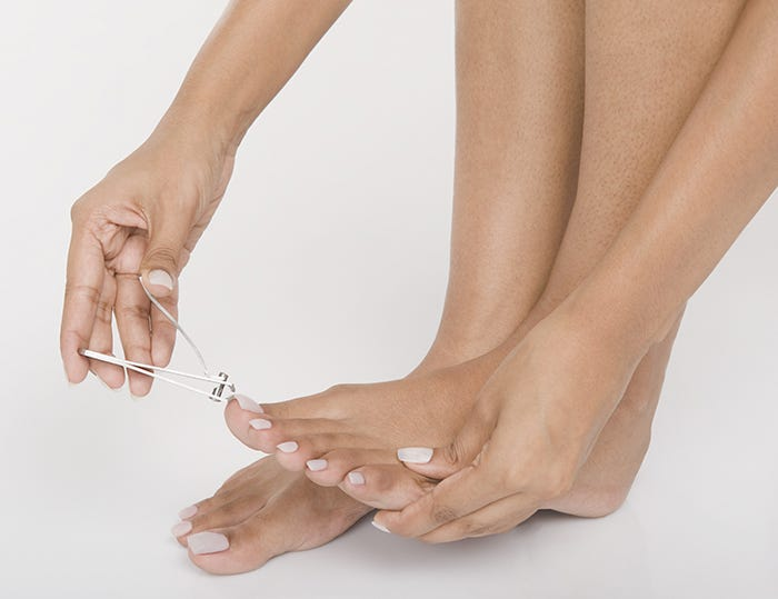 how to cut your toenails if the corners grow in