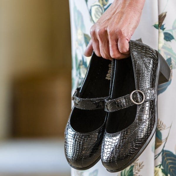 Hettie in black patent croc print
