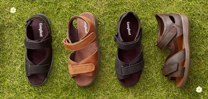For one week only, we're offering £5 off any order of men's sandals. Simply add any men's sandal style to your shopping basket and enter the offer code WDESAN5P when prompted.