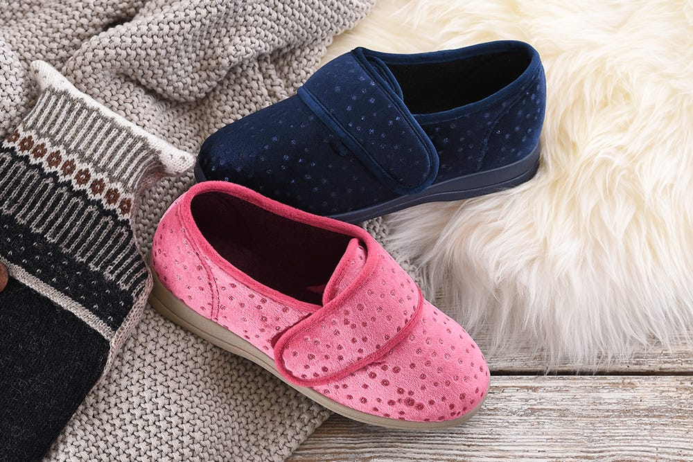 Holly Winter slippers for women