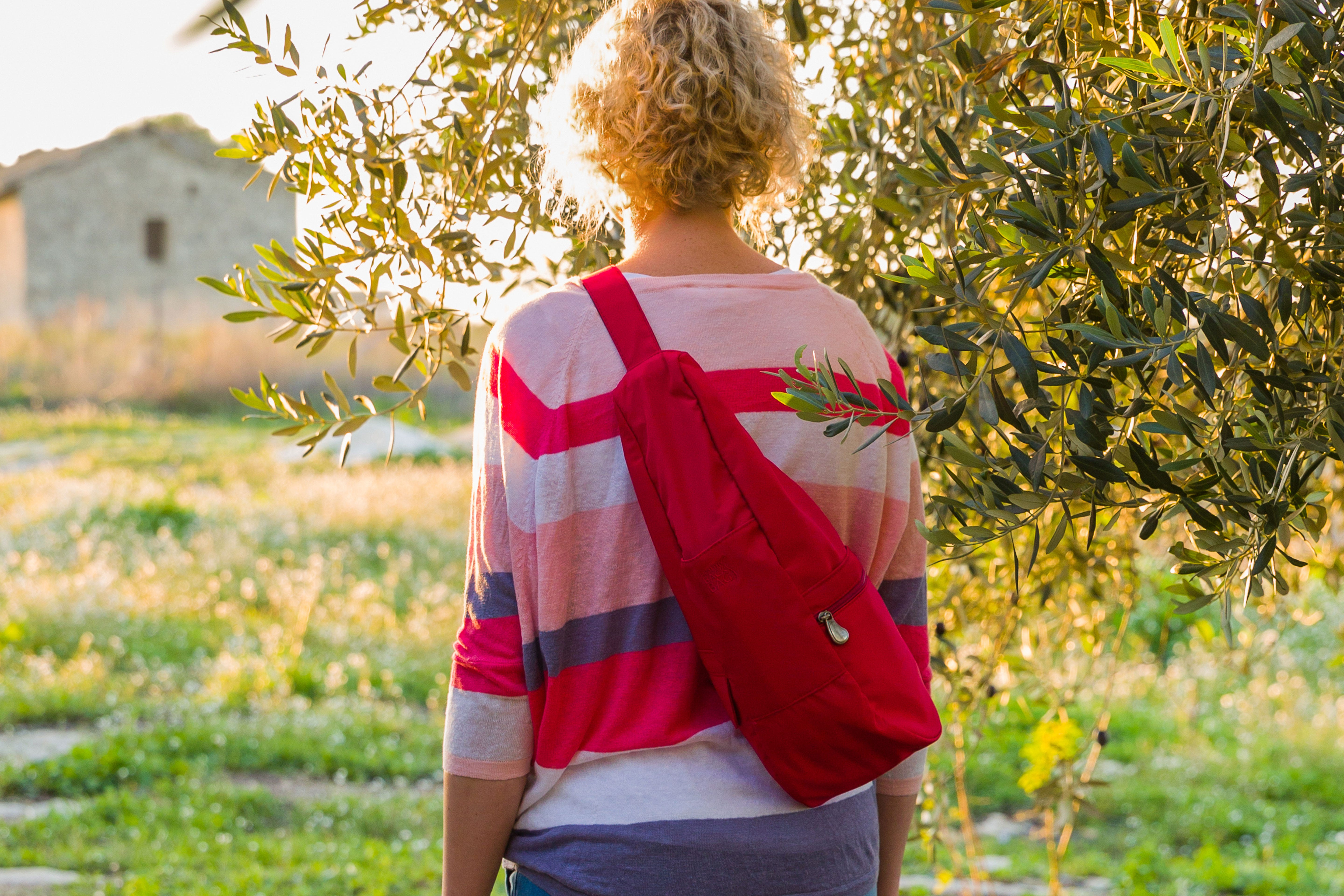 Lady wearing healthy back bag