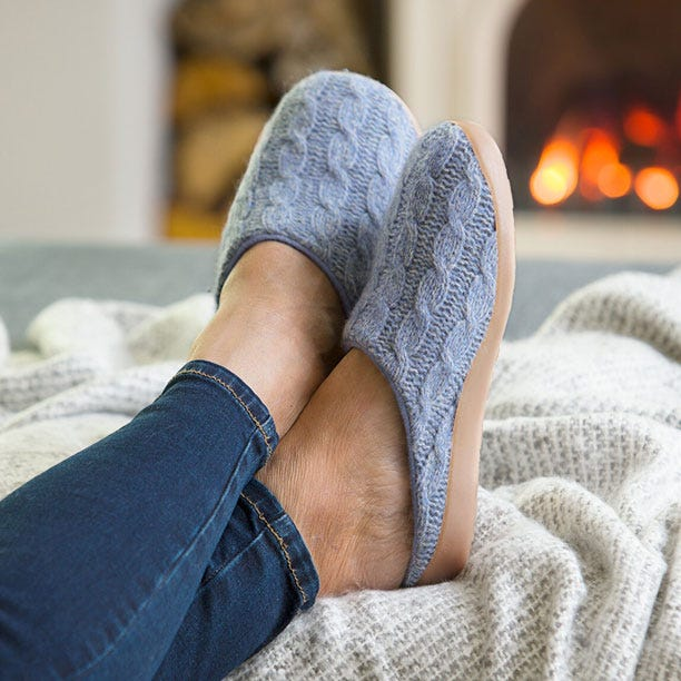 Donna-Sky-Cable-Knit
