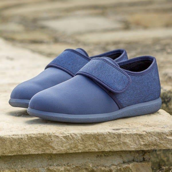 James Shoe