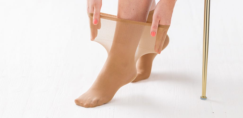Softhold® Ultra-roomy ankle highs